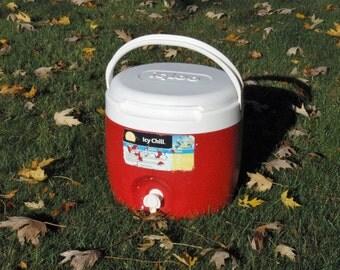 Vintage 2 Gallon Igloo Barrel Cooler Jug with Spigot