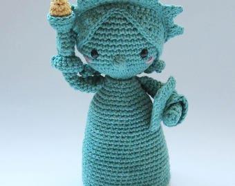 Lady Liberty - Crochet Pattern by {Amour Fou}