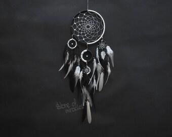 Dream catcher Dreamcatcher American mascots Indian talisman Protective amulet Black & White color Yin Yang Boho Home Decor