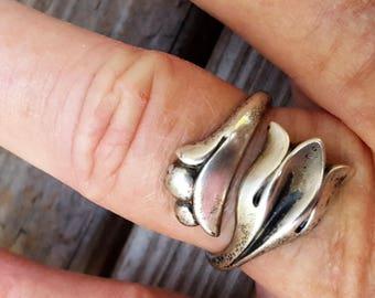 Avon Sterling Silver Tulip Ring