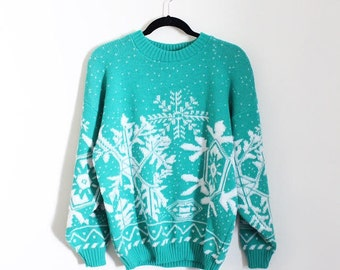 Vintage 1980s Nordic Sweater  Turquoise & White / Snowflake Design  Winter Pull Over / Long Sleeves / Jolie 80s Clothing