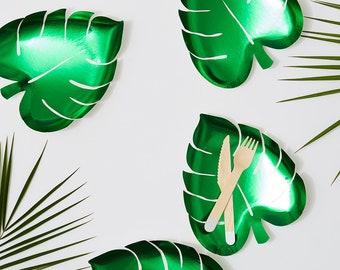 8 palm paper plates