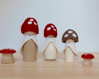 SALE! Toadstool Family Peg Dolls, Waldorf Gnome, Gnomes, Wood Toy,