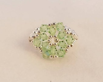 Peridot Swarovski Crystal and Sterling Silver Ring Size 7 /1/4