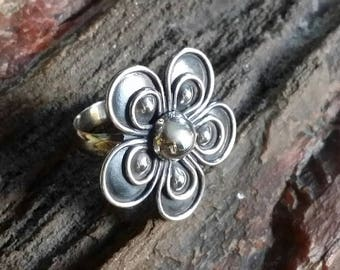 Vintage 950 Silver Raised Design Floral Ring, Sterling Silver Flower, Size 8