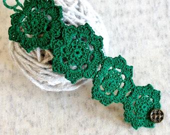 Crochet Green Flower Bracelet | Lace Bracelet | Crochet Bracelet | Crochet Jewelry | Flower Bracelet | Gift for Her | Bridesmaid Gift