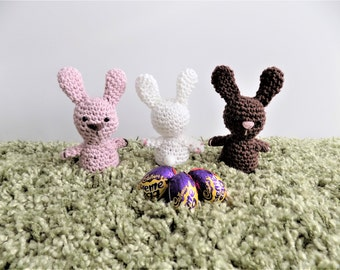 Easter bunny Creme egg holder  **Crochet pattern only**