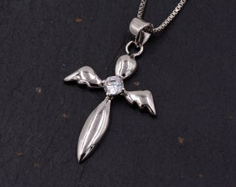 Sterling Silver Guardian Angel Design Pendant Necklace with a Sparkly CZ Crystal  Y65