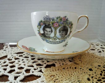 Prince Charles & Lady Diana Tea Cup, 1981 Royal Wedding, Charles and Diana Wedding Tea Cup Set, Bone China Queen Anne, Made in England