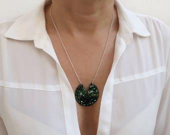 Shiny Pacman Pendant, Japanese Lacquer Pendant, Urushi Pendant, Art Japones, Modern Pendant, Contemporary Jewelry, Handmade Pendant, Lacquer
