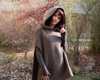 Hooded wool poncho sizes S, M, L, Knit poncho, Brown poncho, Riding Hood, Modern poncho, Brown Poncho, Brown cape, Poncho, Code:Daniela-02