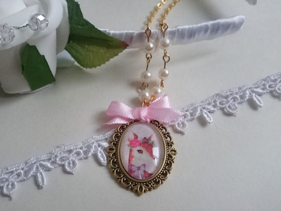 Dreamy Fawn Cameo Necklace
