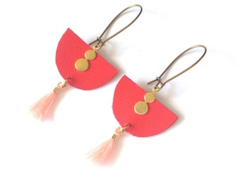 Earrings half-circle red leather