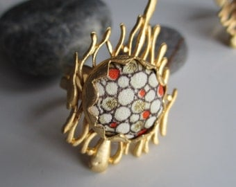 Gold plated brass ring with Japanese vintage silk kimono fabric - Orange, gold and white.