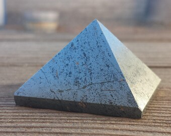HEMATITE natural large gemstone crystal pyramid 45mm [9]