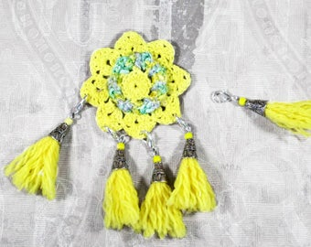 5 yellow stitch markers, moveable stitch markers for crochet or knitting, gifts for knitters crocheters