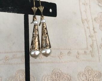 Bronze Dangle Pearl Earrings, Vintage Pearl Dangle Earrings, Pierced Earrings, Bronze Dangle Earrings, Earrings Gold Dangle, Vintage E102