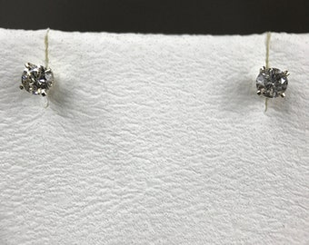 14k White Gold Natural Diamond (0.22 ct) Stud Earrings, Appraised 617 USD