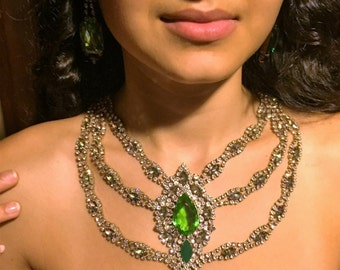 Vintage Husar Rhinestone Statement Necklace,  Green Rhinestone Bib Necklace, Green and Crystal Statement Necklace, Estate Jewelry