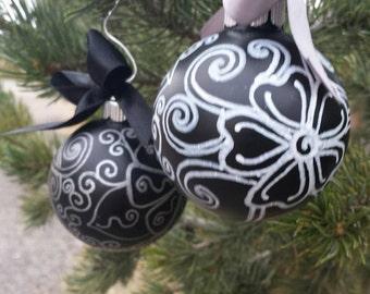 Elegant, zentangled, glass Christmas ornaments