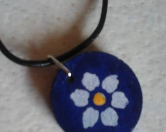 Navy blue and white daisy pendant