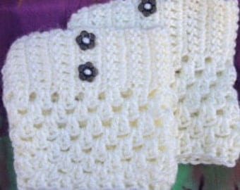 Crochet Boot Cuffs - Flower Button Detail