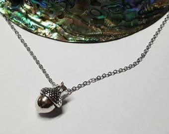 Acorn Necklace, Acorn Pendant, Acorn Jewelry, Woodland Necklace, Acorn Charm Necklace, Silver Acorn,Acorn Jewellery, Woodland Gift, Birthday