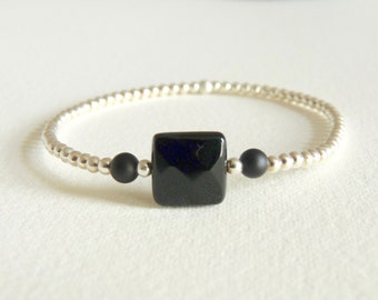 Nyx, square Onyx faceted and Silver 925 on elastic bracelet