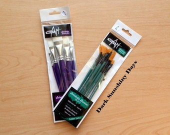 WestArt Paint Brushes x 11 Assorted Shapes and Sizes