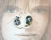 Steampunk earrings, art-deco, gustav Klimt style, made of  gears, back resin & swarovski crystal cabs(blue or red). for pierced ears or not