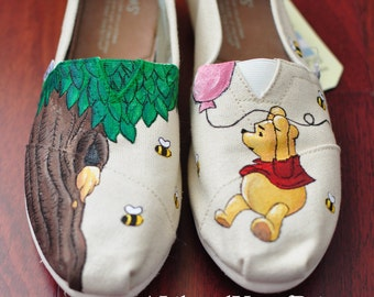 Winnie the Pooh - Hand Painted Toms