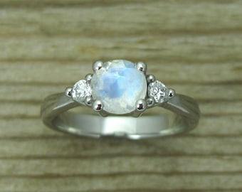 Platinum Moonstone Engagement Ring, Round Moonstone Platinum Ring, Antique Style Ring, Engagement Ring, Antique Platinum Moonstone Ring