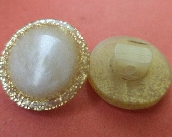 14 BUTTONS cream white gold 15 mm (6556) button