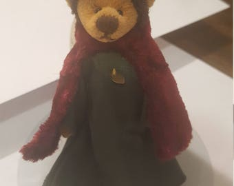 Beautiful Cottage collectible Miniature Teddy Bear By Ganz Melchor