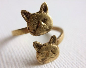 Cat Ring, Gold Cat Ring, Kitty Ring, Twin Cats Ring, Crazy Cat Lady Ring, Vet Gift, Adjustable Cat Ring, Valentines Day Gift, Kitten Ring