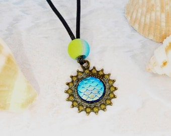 Turquoise mermaid necklace, fish scale necklace, dragon scale necklace, iridescent necklace, colour changing necklace