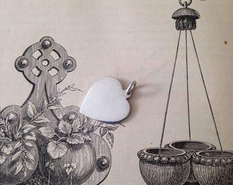 Vintage sterling silver heart charm/pendant