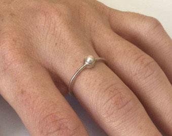 Silver Pearl Ring, Pearl Ring, Pearl Silver Ring, Sterling Silver Ring, Ring size 8.5, White Pearl Ring, White Pearl, Freshwater Pearl,