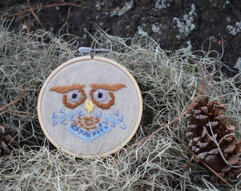 Retro Owl embroidery hoop, folk horror, needlepoint crewel art, outsider folk art, 70s style, vintage-inspired craft