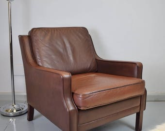 Mid Century Vintage Retro Danish Brown Leather Borge Mogensen Style Lounge Chair