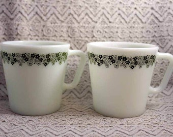 Pyrex Coffee Mugs, Vintage Set of Two Spring Blossom Coffee Cups, Pyrex 1410 Coffee Mugs, Daisy Coffee Mugs
