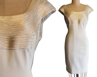 Vintage Carmen Marc Valvo  Ivory Sheath Dress Size 14