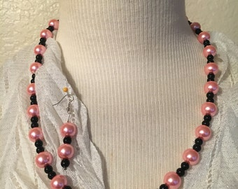Light Pink and Black Pearl Necklace with Matching Earrings!!!