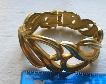 Vintage Wide Gold Cuff Bracelet Hinged Clamper Style
