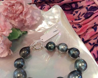 Large Tahitian Pearl Bracelet with clasp # 3312