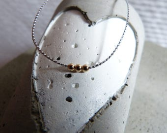 Minimalist fine chain with Silver Ribbon and gold filled bead 45 cm