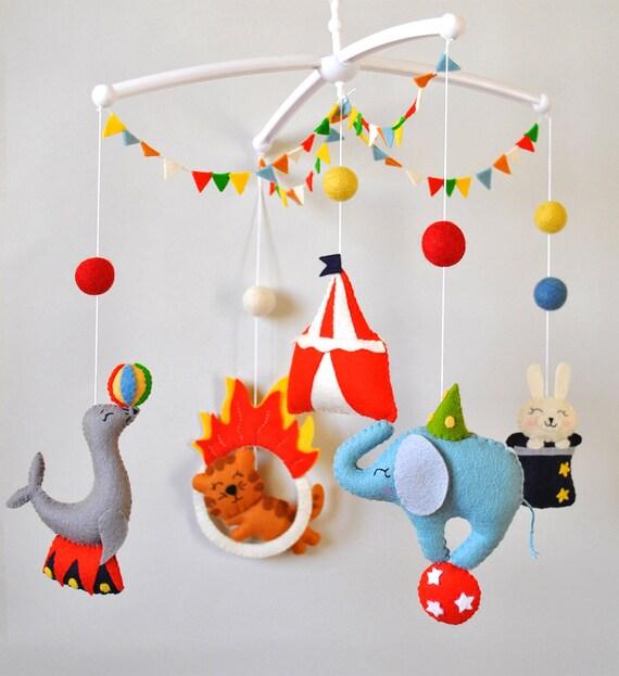 Kinderbett junge  Baby mobile Zirkustiere Kinderbett mobile Elefant mobile junge