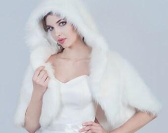 Winter bridal jacket Bridal Faux Fur Jacket, Hooded Wedding Cape, Bridal White Jacket, Fluffy White Fur Jacket