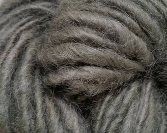 Single-Ply Worsted Handspun Wool Yarn (Lot 88)