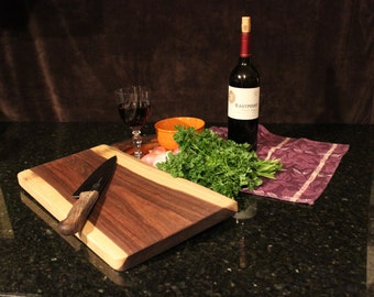 Walnut Cutting Board 3936
